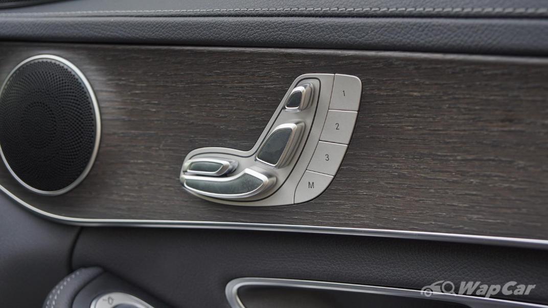 2020 Mercedes-Benz C-Class C 200 AMG Line Interior 064