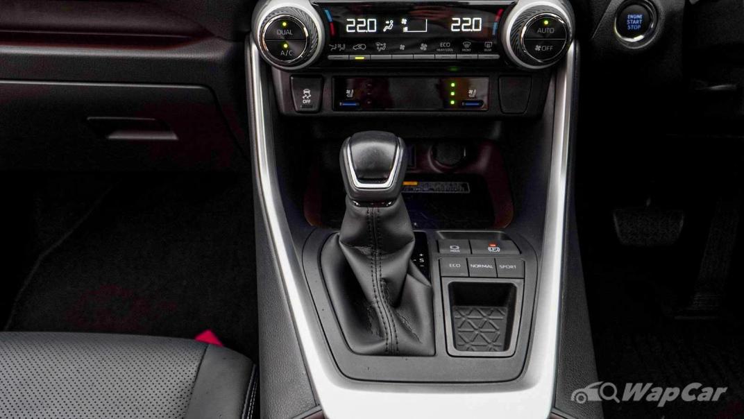 2020 Toyota RAV4 2.5L Interior 137