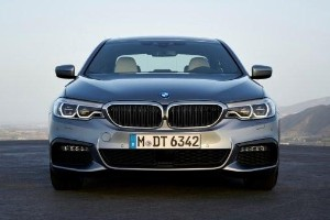2020 (G30) BMW 5 Series facelift vs pre-facelift, is newer better?