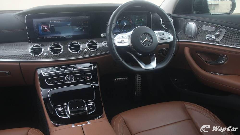 2019 Mercedes-Benz E-Class E 350 AMG Line Interior 002