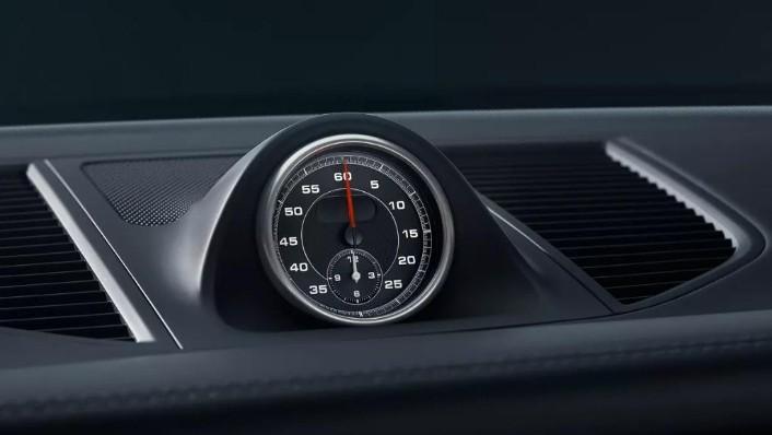 Porsche Macan (2019) Interior 004