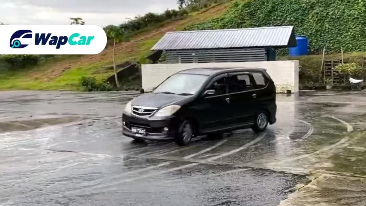 Guy shows why the Toyota Avanza is a cheaper, more practical Toyota 86 01