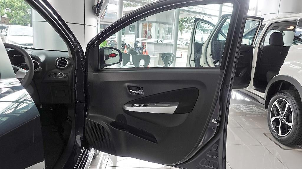2018 Perodua Axia SE 1.0 AT Interior 046