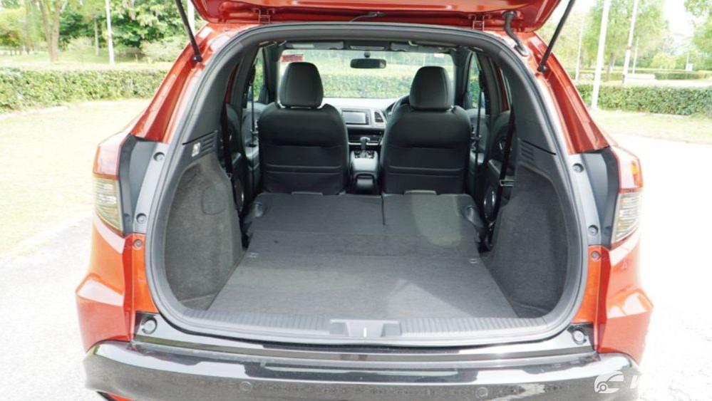 2019 Honda HR-V 1.8 RS Interior 070