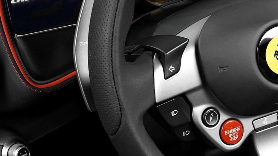 Ferrari 812 Superfast (2017) Interior 005