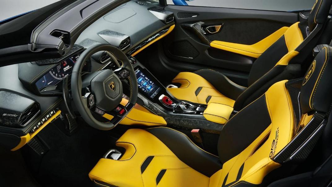 Lamborghini Huracán (2019) Interior 018