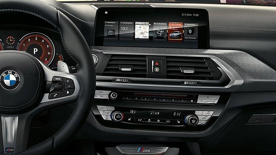 BMW X3 (2019) Interior 002