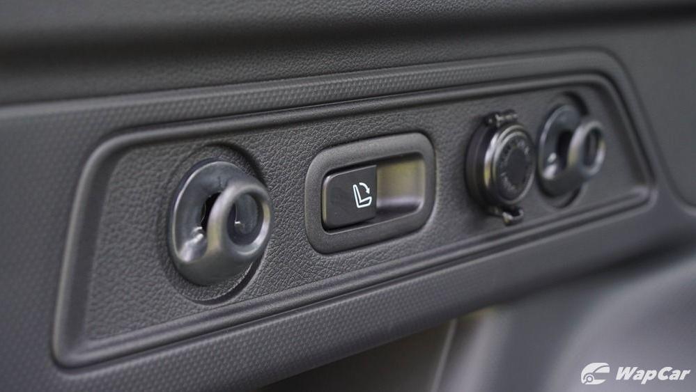 2019 Subaru Forester 2.0i-S EyeSight Interior 025