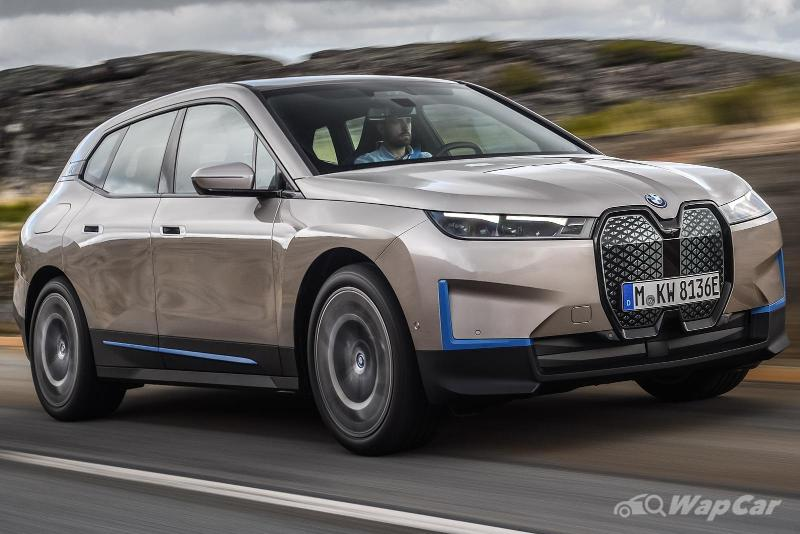 2021 BMW iX is an X5-sized EV with 600 km range, 500 PS, and a massive grille that it doesn't need 02
