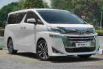 In Brief: Toyota Alphard – Luxury on wheels