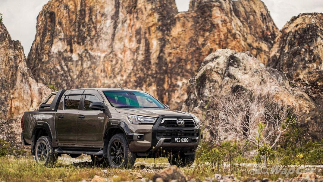 2020 Toyota Hilux Double Cab 2.8 Rogue AT 4X4 Exterior 105