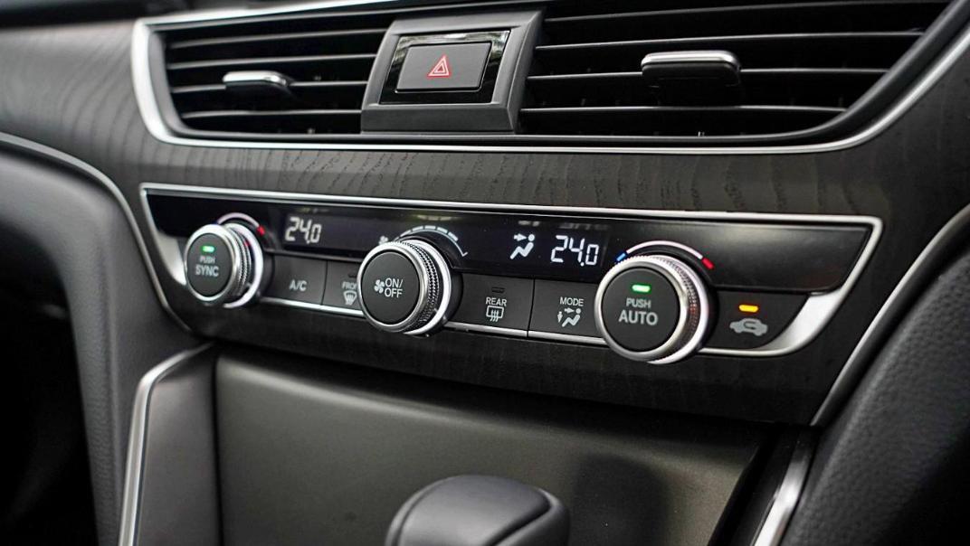 2020 Honda Accord 1.5TC Premium Interior 025