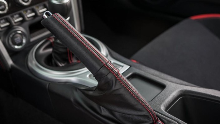 Toyota 86 (2019) Interior 009