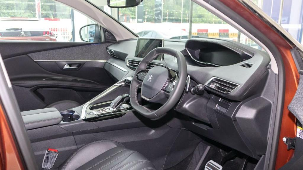2019 Peugeot 3008 THP Plus Allure Interior 002