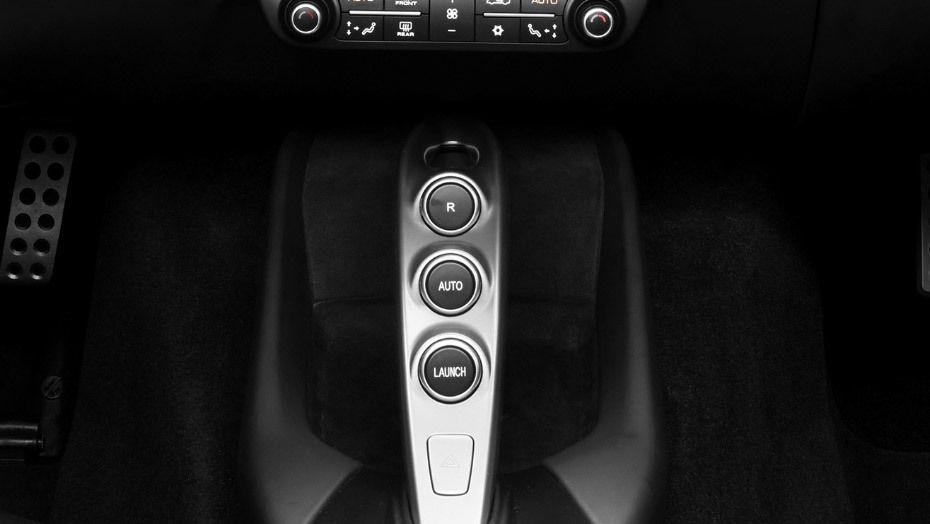 Ferrari 812 Superfast (2017) Interior 008