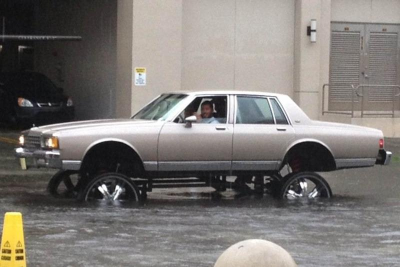 Buying used cars: 6 signs of flood damage 02