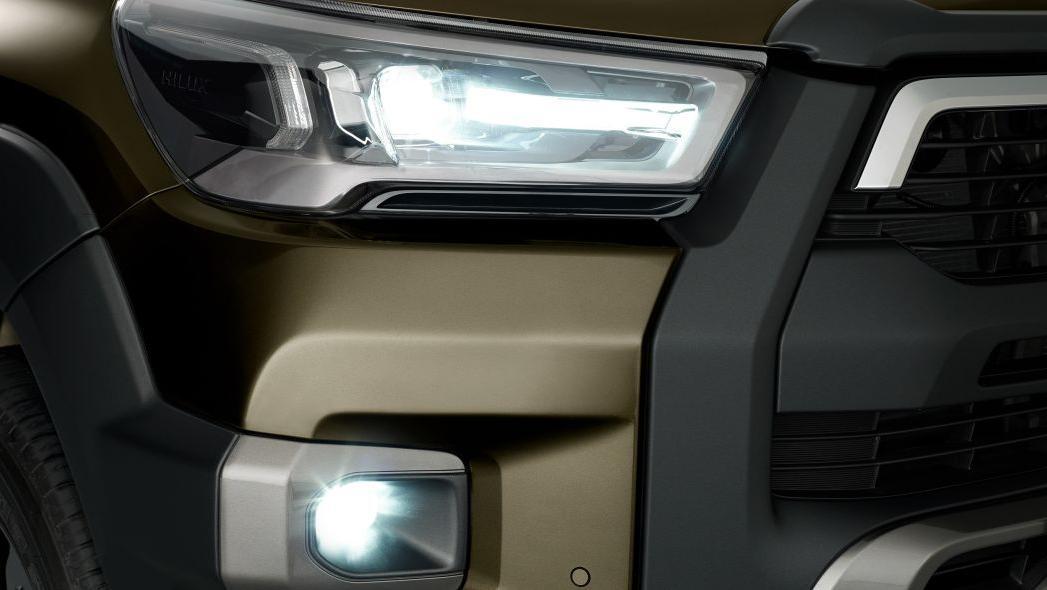 2020 Toyota Hilux Exterior 007