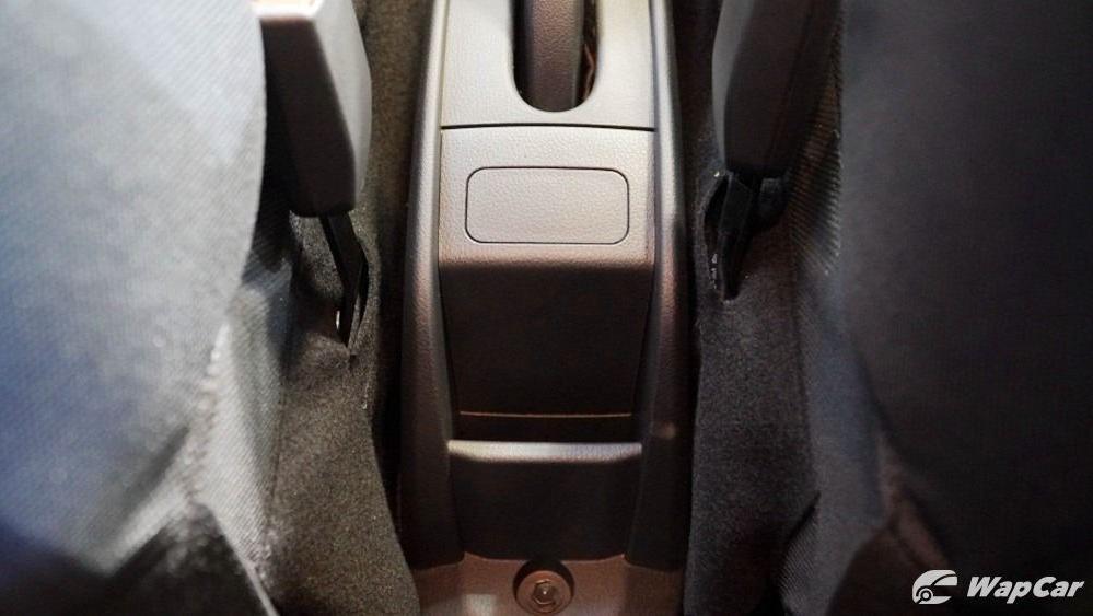 2020 Perodua Bezza 1.0 G (M) Interior 013