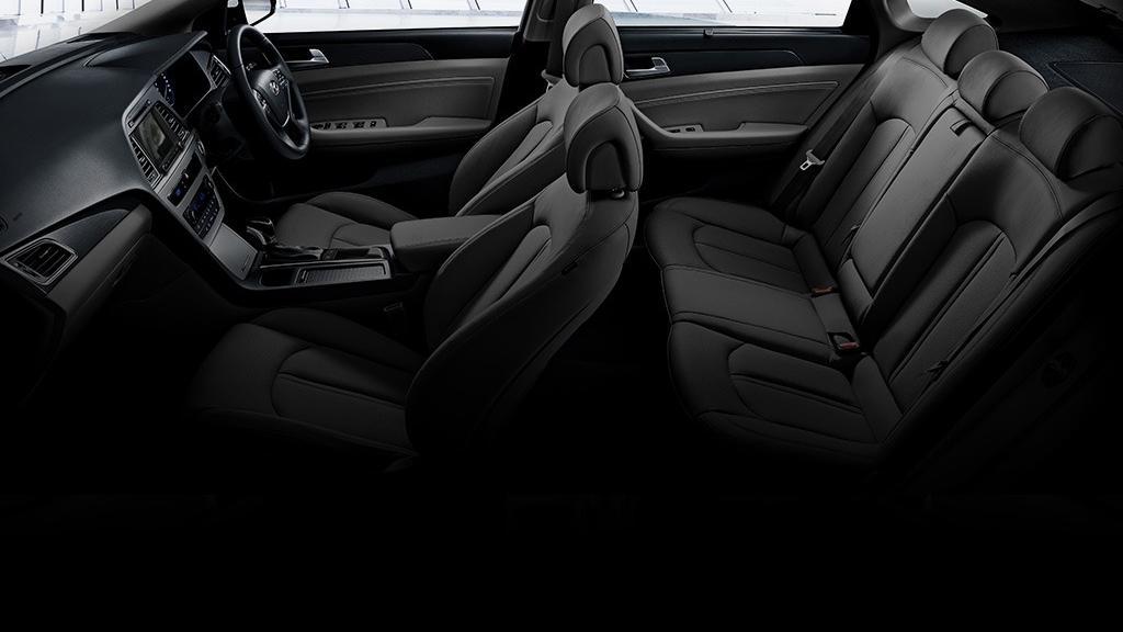 Hyundai Sonata (2017) Interior 008