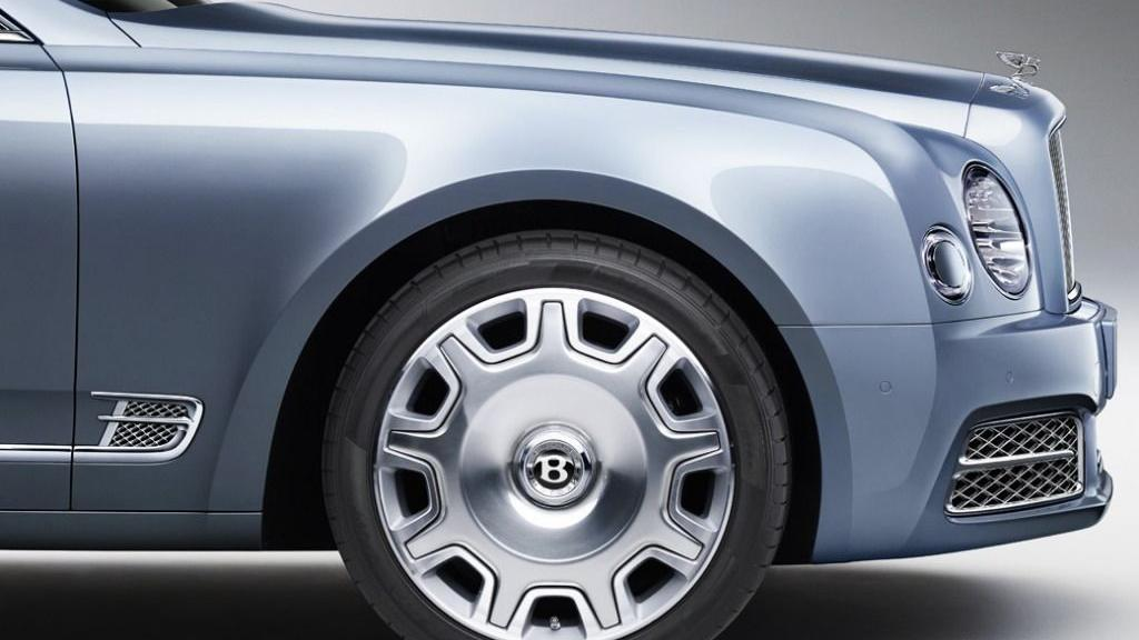 Bentley Mulsanne (2017) Exterior 009