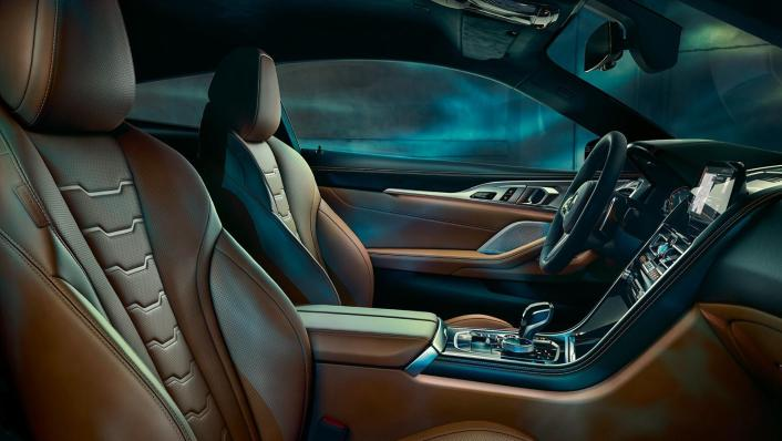 2020 BMW M850i xDrive Coupe Interior 007