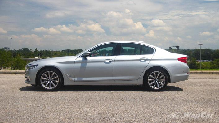 2019 BMW 5 Series 520i Luxury Exterior 008