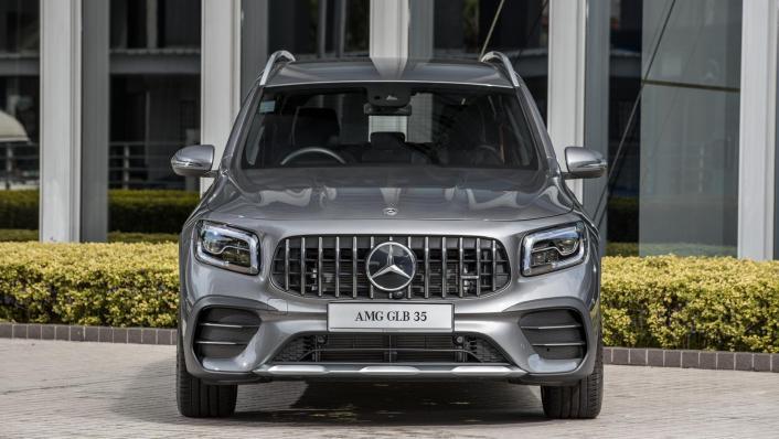 2020 Mercedes-AMG GLB 35 4MATIC Exterior 001
