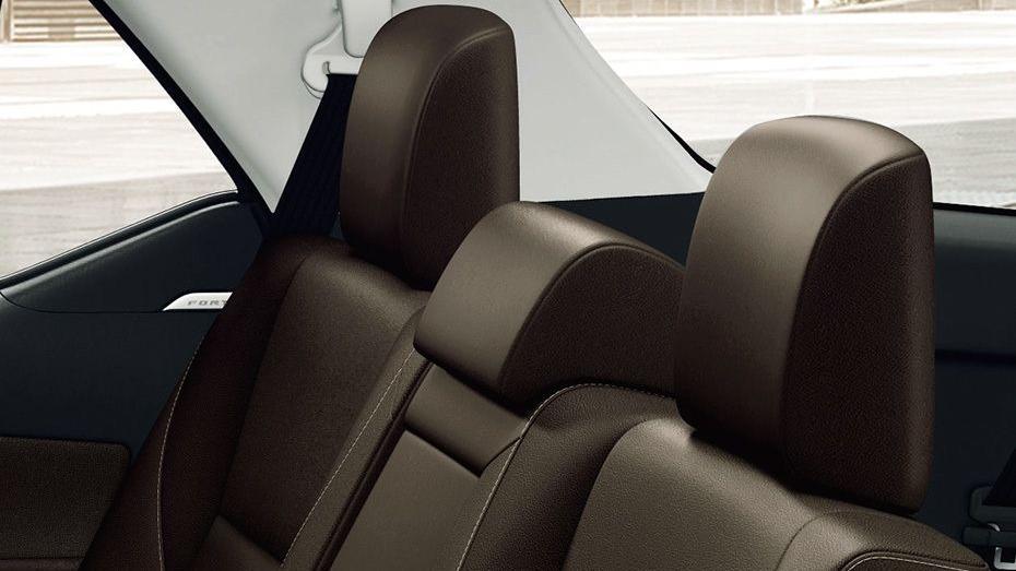 Toyota Fortuner (2018) Interior 015