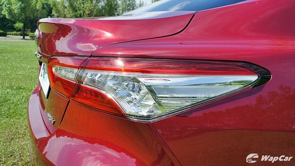 2019 Toyota Camry 2.5V Exterior 069