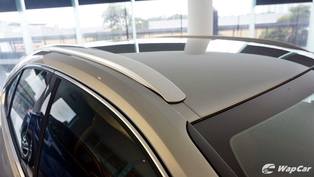 2020 Lexus UX 200 Luxury Exterior 018
