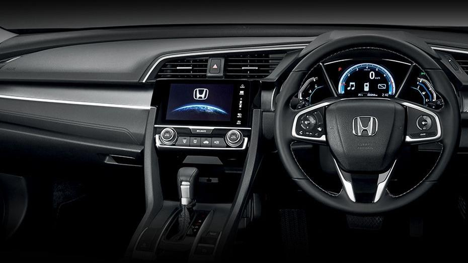 Honda Civic (2018) Interior 001