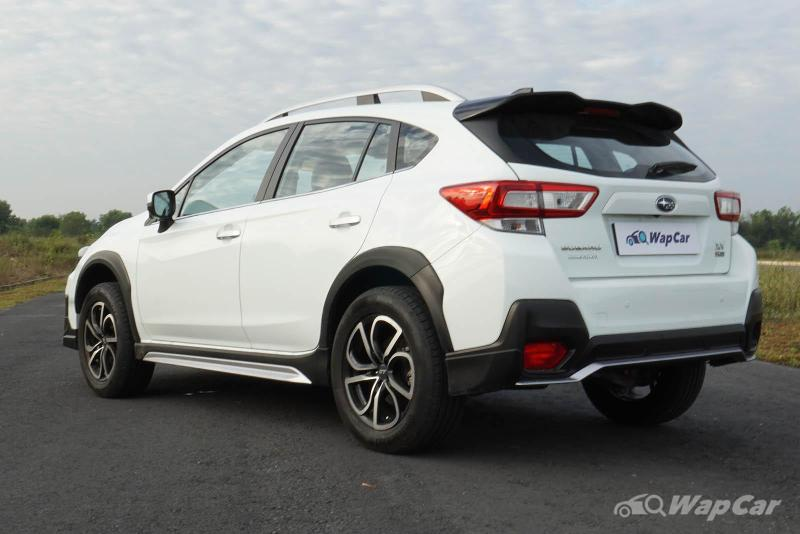 Pros and Cons: Subaru XV – Love the AWD traction but not the shallow boot 02