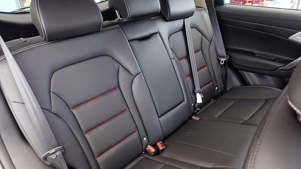 2018 Proton X70 1.8 TGDI Executive AWD Interior 049