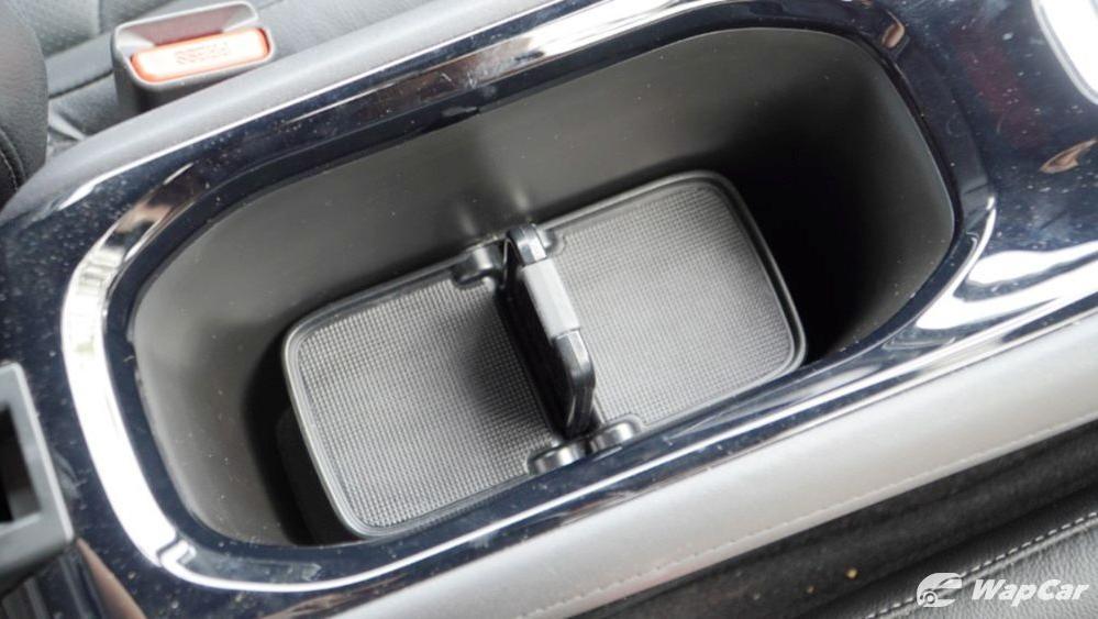 2019 Honda HR-V 1.8 RS Interior 052
