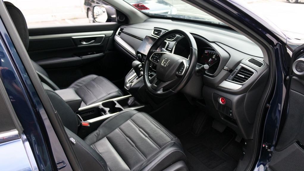 2019 Honda CR-V 2.0 2WD Interior 002