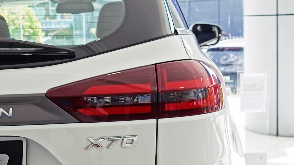2018 Proton X70 1.8 TGDI Executive AWD Exterior 034