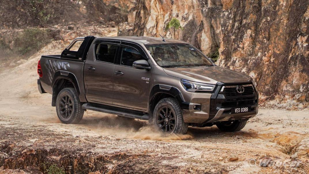 2020 Toyota Hilux Double Cab 2.8 Rogue AT 4X4 Exterior 106