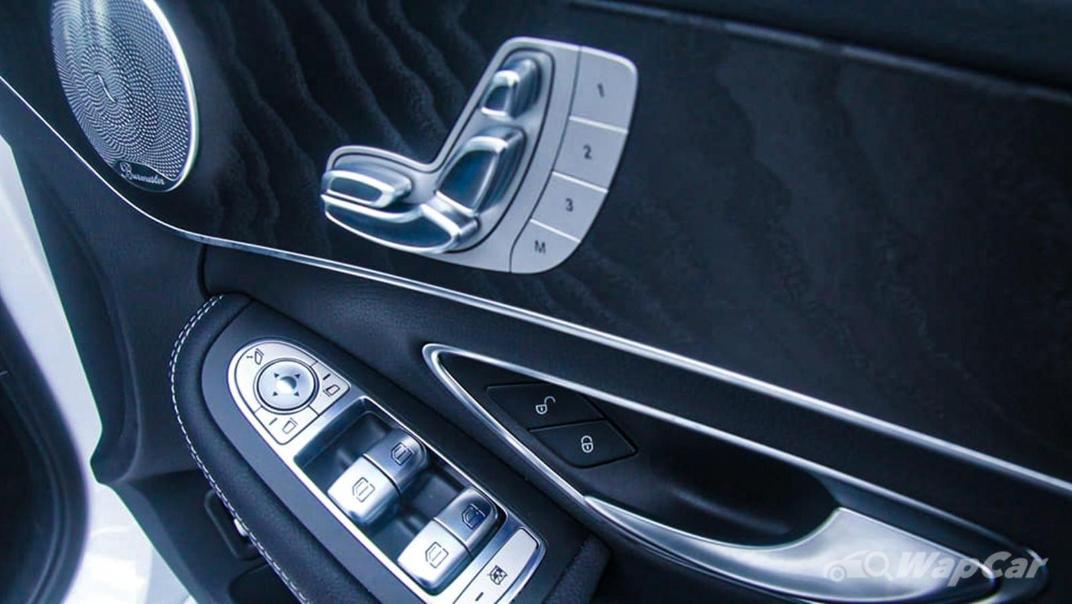 2018 Mercedes-Benz C-Class C 300 AMG Line Interior 035