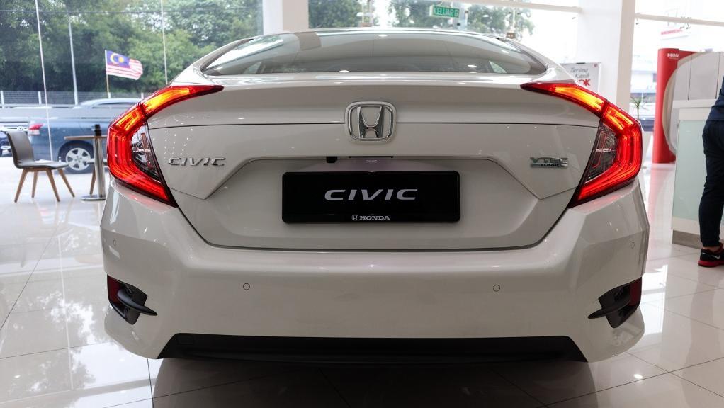 2018 Honda Civic 1.5TC Premium Exterior 025