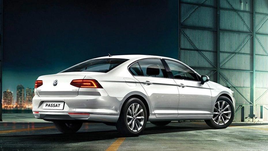 Volkswagen Passat (2018) Exterior 005