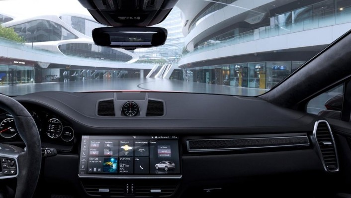 Porsche Cayenne Coupé (2019) Interior 010