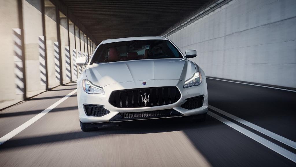 Maserati Quattroporte (2019) Exterior 005
