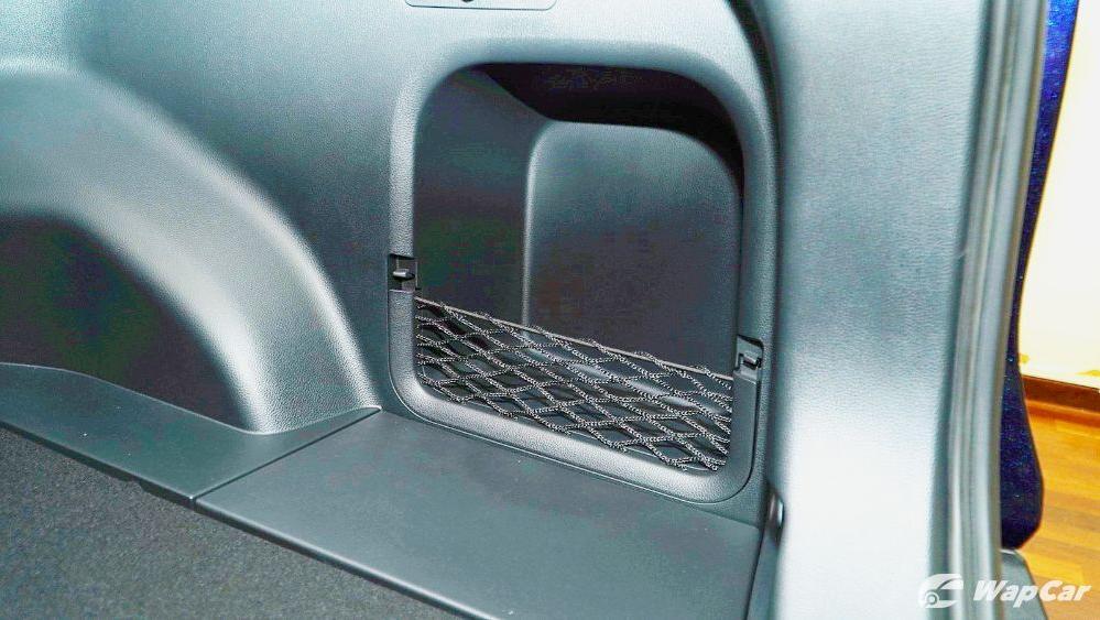 2020 Toyota RAV4 2.5L Interior 093