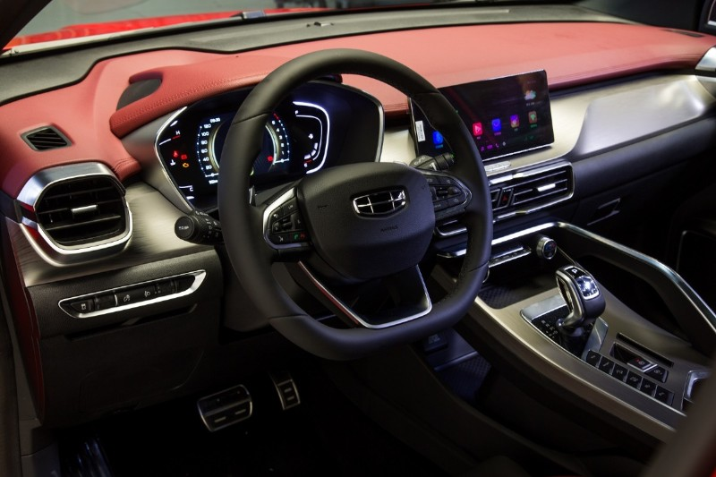 Geely Coolray interior