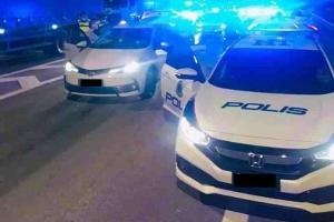 Lorry drivers help 17 police Honda Civics nab drug pusher's Corolla Altis