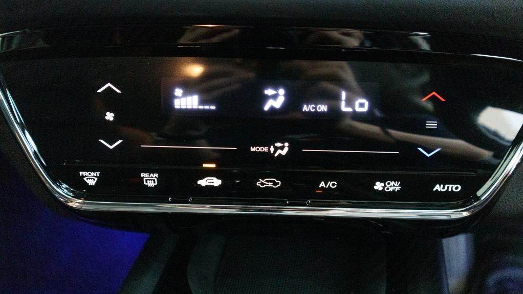 2019 Honda HR-V 1.5 Hybrid Interior 014