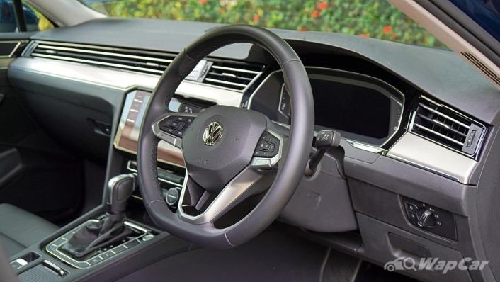 2020 Volkswagen Passat 2.0TSI Elegance Interior 003