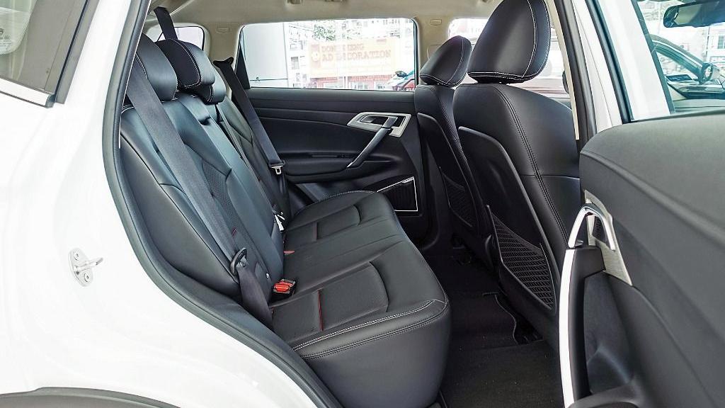 2018 Proton X70 1.8 TGDI Executive AWD Interior 048