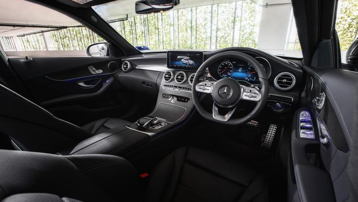 2020 Mercedes-Benz C-Class C 200 AMG Line Interior 002