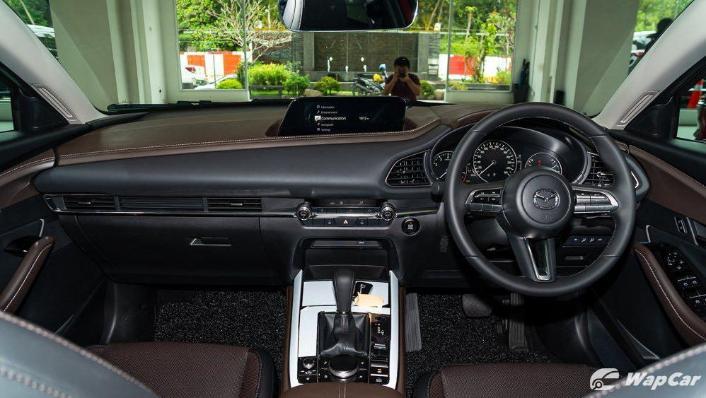 2019 Mazda 3 Sedan 2.0 SkyActiv High Plus Interior 001